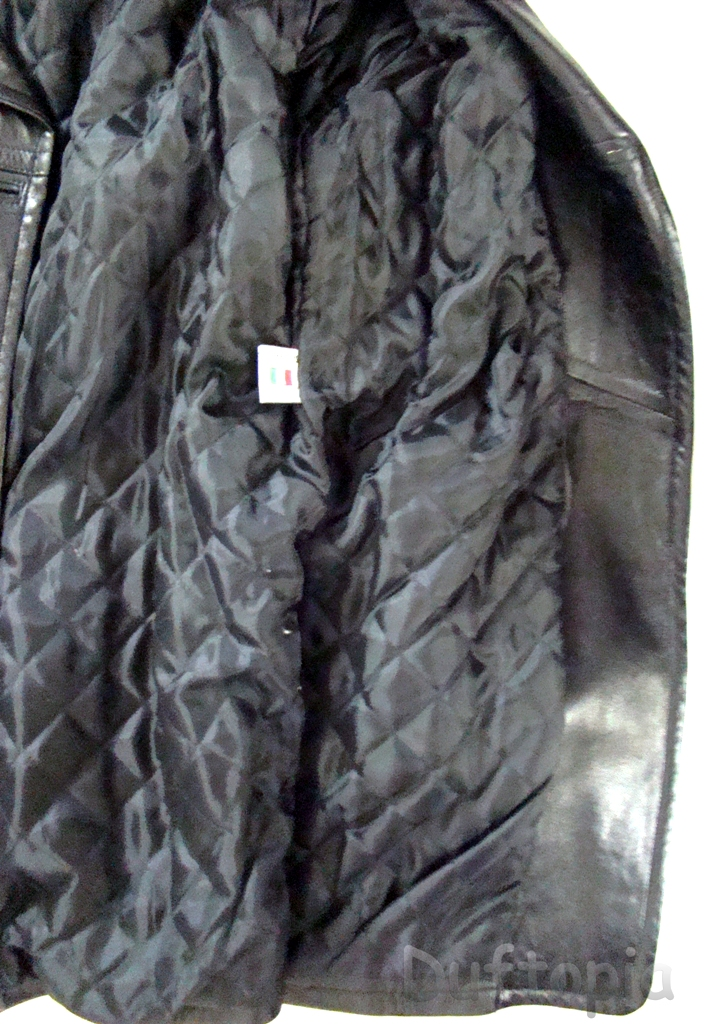 Trade max Medium sized womans leather coat (6)